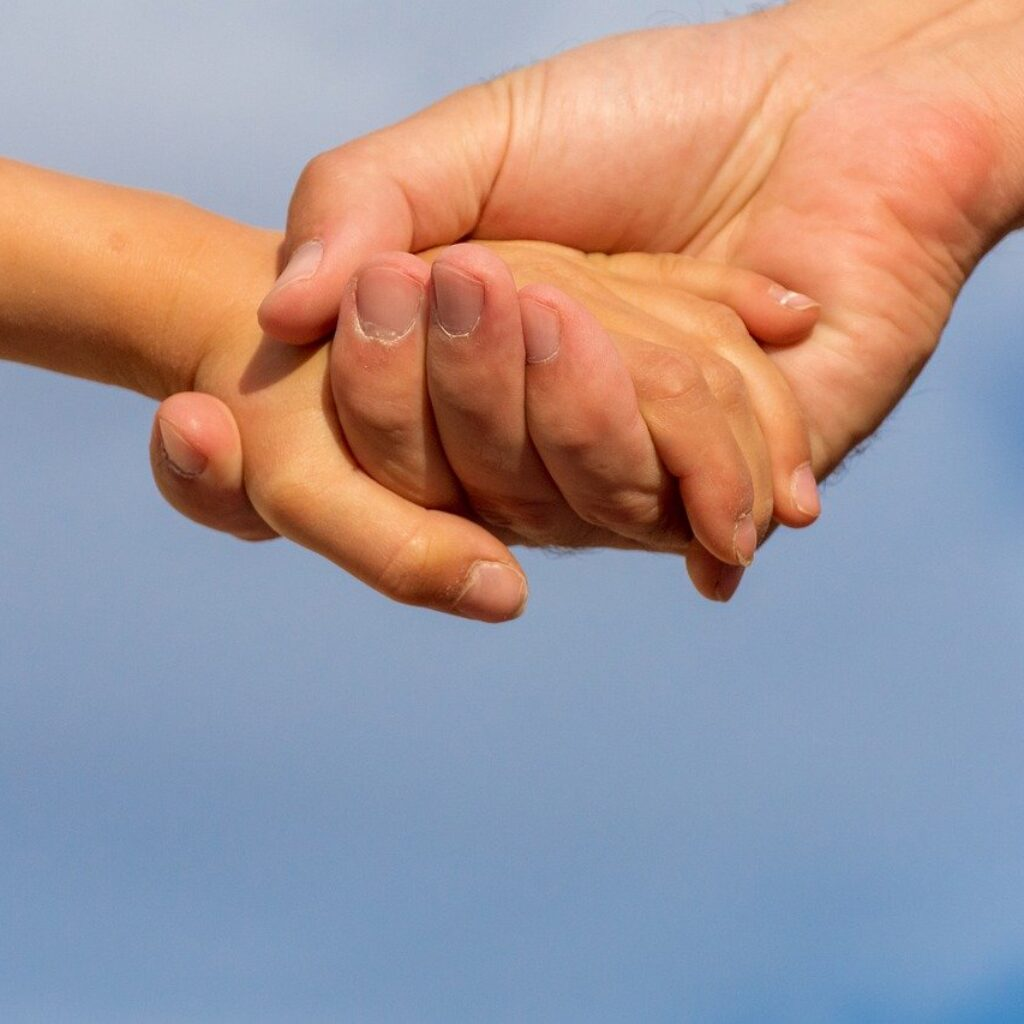 Holding hands. Bible verses about strength