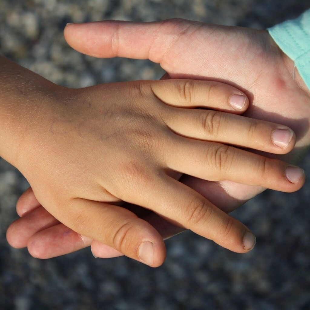 Two hands - Quotes about serving GOD