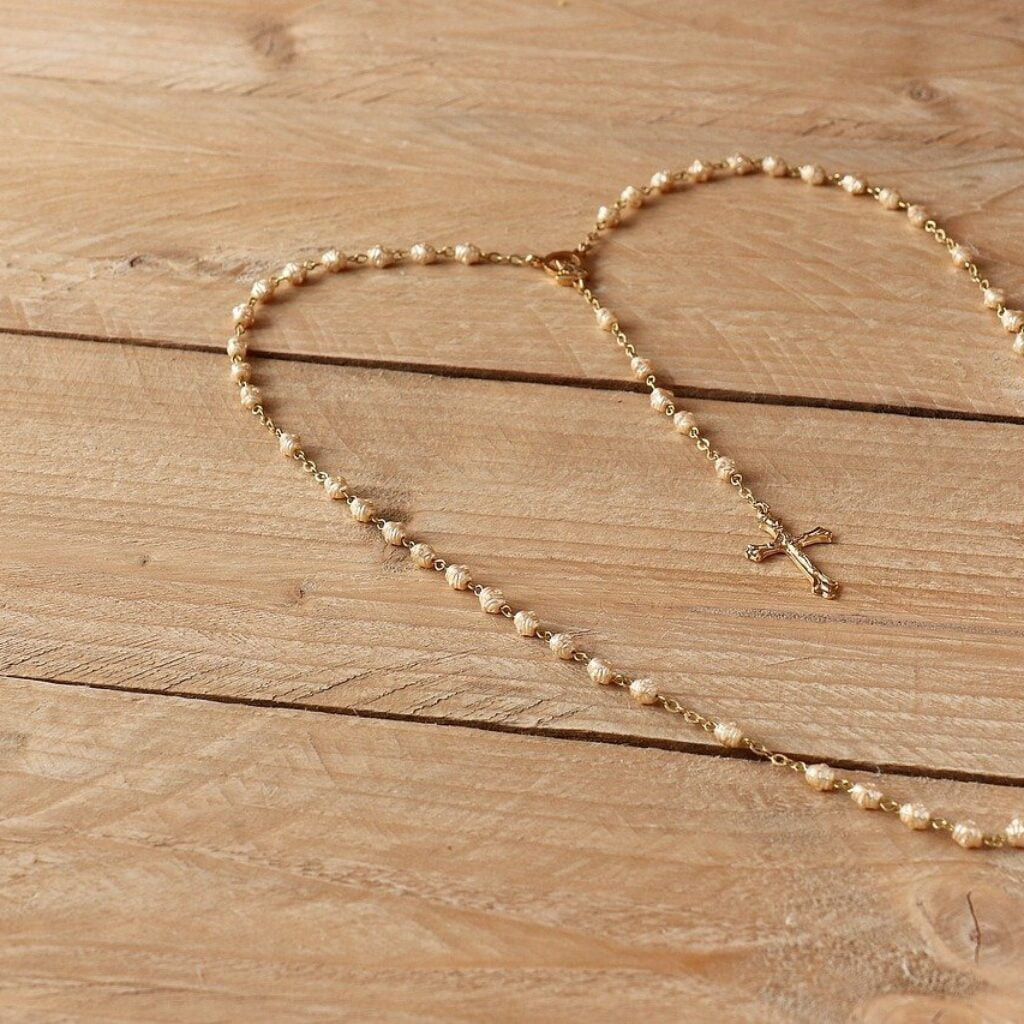 Rosary heart chain with cross